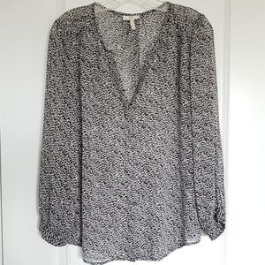 Joie silk black gray animal print blouse